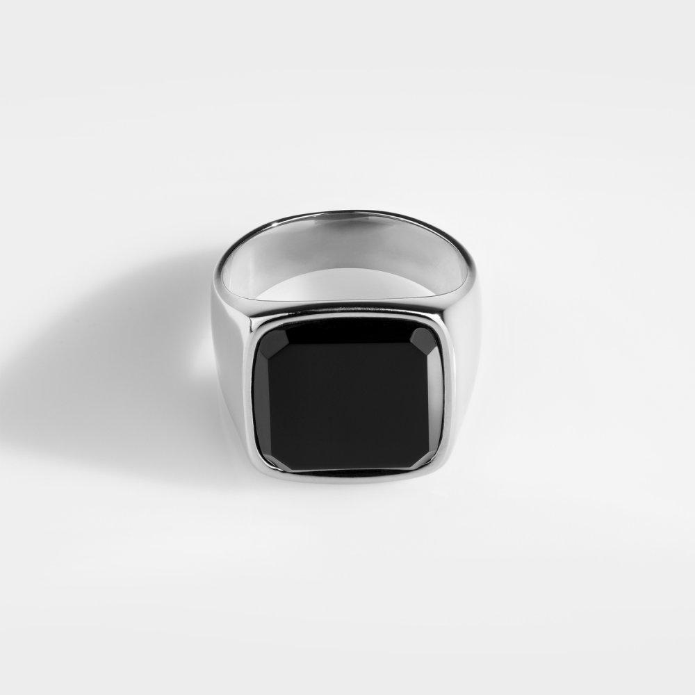 Black Onyx Oversize Signature - Sølvtonet ring